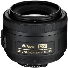 Объектив Nikon AF-S DX NIKKOR 35mm f / 1.8G (JAA132DA)